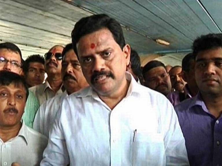 Bhayandar: A year later, warring  BJP-Shiv Sena MLA's unite for Rajan Vichare