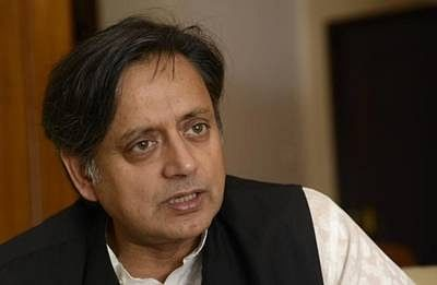 Delhi police issues notice to Tharoor to join probe in Sunanda case