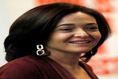 Facebook regrets 'terrible' communication on test: Sandberg