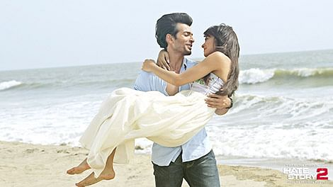 BO REPORT: 'HATE STORY 2' AHEAD OF  'PIZZA' AND  'AMIT SAHNI…'