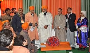 Modi to visit Kashmir Valley on Friday amid shutdown