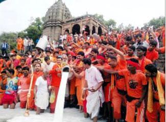 Shravan's first Monday celebrated with religious fervor