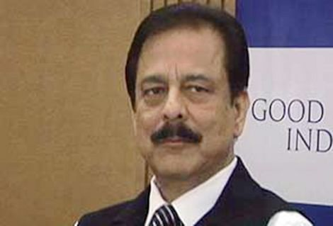 Sahara chief gets 'office' in Tihar to sell assets