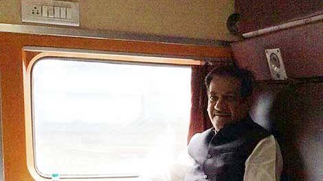 Prithviraj Chavan to contest Lok Sabha Satara bypoll