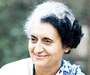Govt rushes in to bar film on Indira killers
