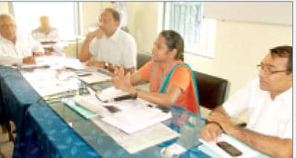 Collector Cynthia instructs secretaries to complete  pending works