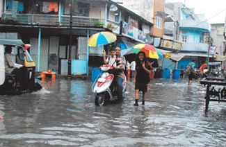 City records 2-inch rainfall in 24-hour