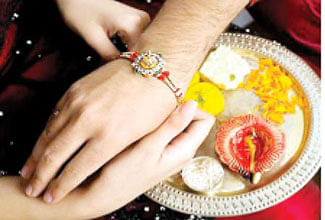 Courier Cos offering 'Rakhi Special' services