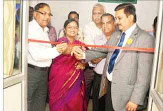 Rotary Club presents dialysis machines to Nagda