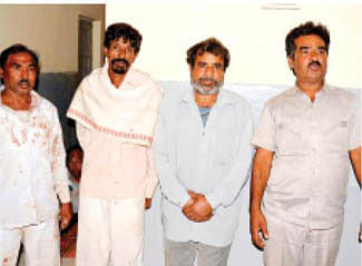 'Tantrik' dupes five persons of Rs 51,000