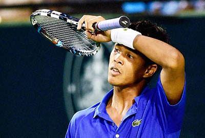 Davis Cup: Serbia take Day 1 honours