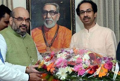 Shah finally breaks the ice with Uddhav