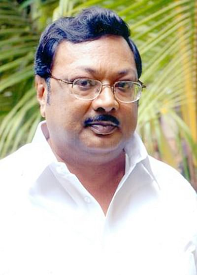 Alagiri surrenders before Madurai court, given bail