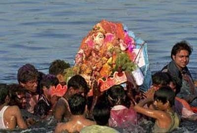 Over 50,000 Ganesha idols immersed in Mumbai