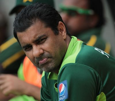 Waqar not happy with timing of ICC crackdown on bowling action