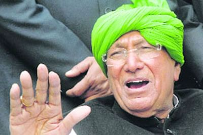 Phones found in ex-Haryana CM Om Prakash Chautala's Tihar jail cell