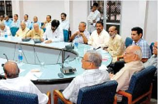 City veterans give suggestions on hosting Simhastha successfully