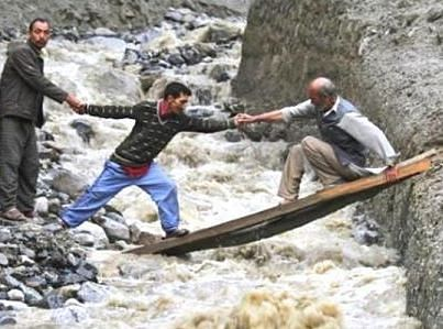 J-K floods: Carriers continue evacuation spree