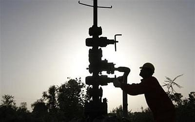 Govt approves share sale in ONGC, Coal India and NHPC