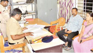 Two chain snatching incidents stir cops' sleep