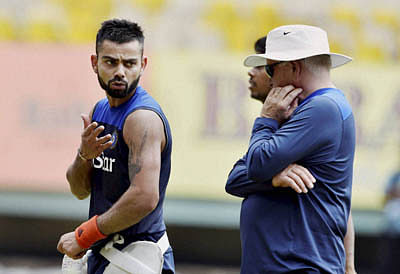 All eyes on struggling Virat