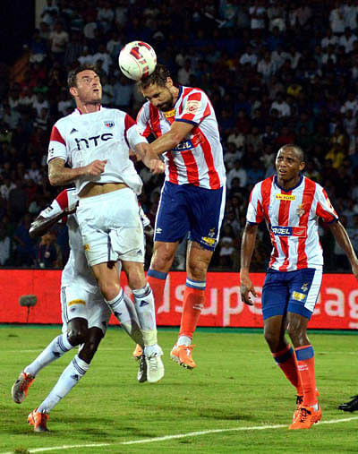 Kolkata two good for NorthEast FC