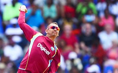 KKR coach Bayliss surprised  over Narine being reported