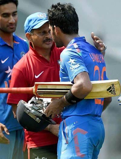 Bundling out visitors will give bowlers confidence: Rajput