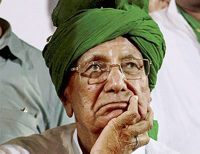 O P Chautala appears in Delhi court in DA case