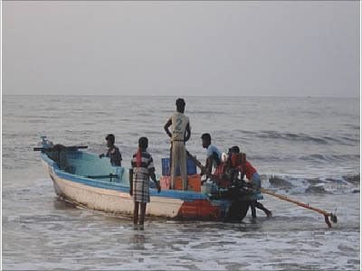 Lanka awards death to five Tamil Nadu fishermen