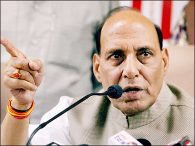 Rajnath Singh reviews security situation ahead of Obama visit