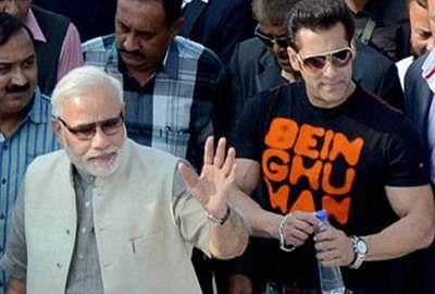 Narendra Modi praises Salman Khan on 'Swachh Bharat' drive