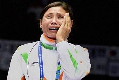 AIBA suspends boxer Sarita Devi for protesting at Asiad