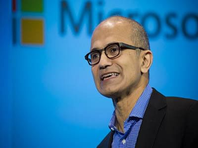 Microsoft CEO rubs eves on wrong side