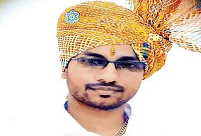 Shiv Sena leader stabbed to death; three accused arrested