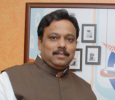 Tawde faces tough poll debut, but may finally sail through