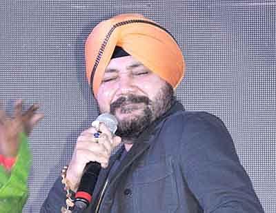 Daler Mehndi  makes music for free