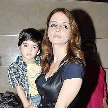 Bombay High Court asks businessman to pay Rs 2.5cr to Sussanne Khan