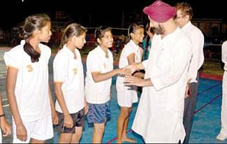 Exciting matches of Kho- Kho & wrestling witnessed on day second