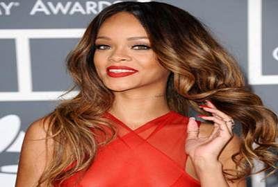 Rihanna skips Grammy Awards, apologises to fans