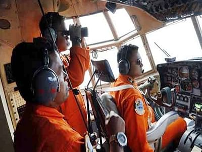 Better weather allows AirAsia search to resume