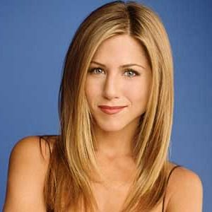 Jennifer Aniston was told to lose 14 kgs  for Rachel Green's role in 'Friends'