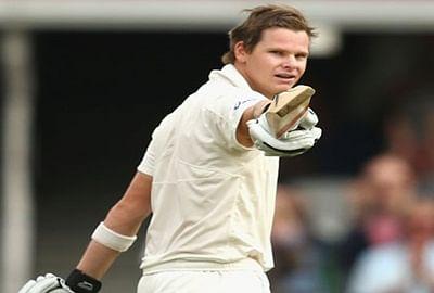Brilliant ton by Steven Smith as Australia score 328/7 against India
