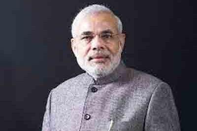 Narendra Modi arrives in Sri Lanka