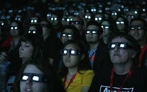 Watch 3D movies soon without 3D glasses