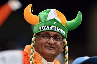 Dhoni hails Indian supporters at MCG