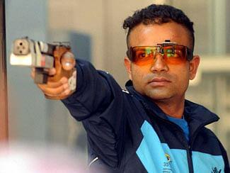 Vijay shoots golden double