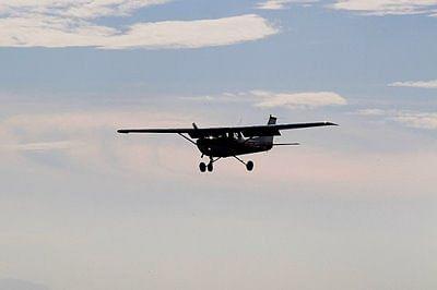 NTSB: Pilot taking selfies led to US air crash