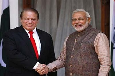 PM Narendra Modi likely to have pull aside with Nawaz Sharif in Russia
