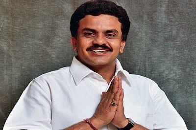 Sanjay Nirupam seeks CM's intervention on power tariff hike proposal